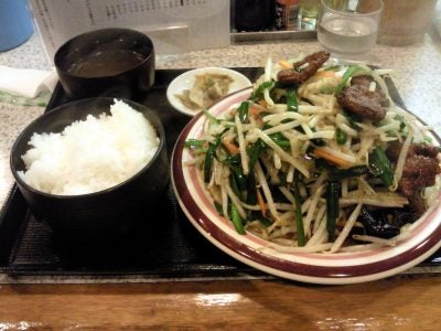 雪ん子@西船橋のニラレバ炒め定食